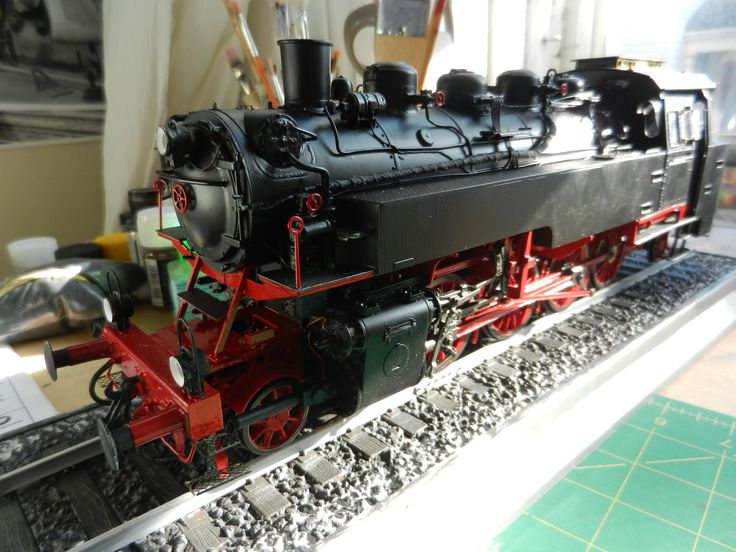 1/35 Trumpeter BR-86 German Steam locomotive. Completed by Jaroslav Peterka. He sent me photos of the kit's progress as he was building and detailing it. He hopes to have it on show at the Ottawa Scale Auto contest in September. www.scaleautocontest.com