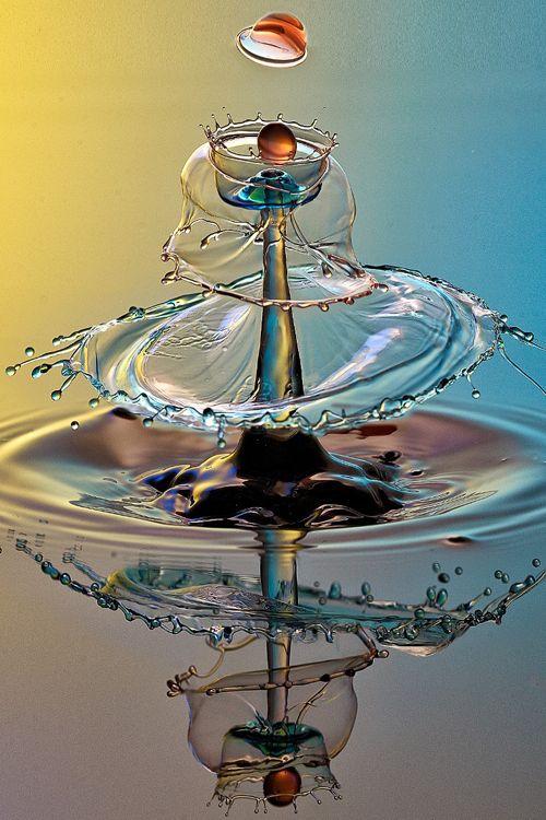 plasmatics-life:  Water Drop ~ By Parminder Singh