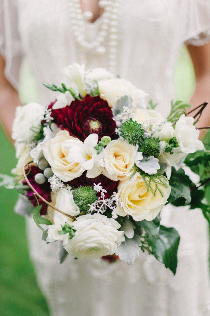 best 25 red wedding bouquets ideas on pinterest red wedding flowers red flowers and red. Black Bedroom Furniture Sets. Home Design Ideas