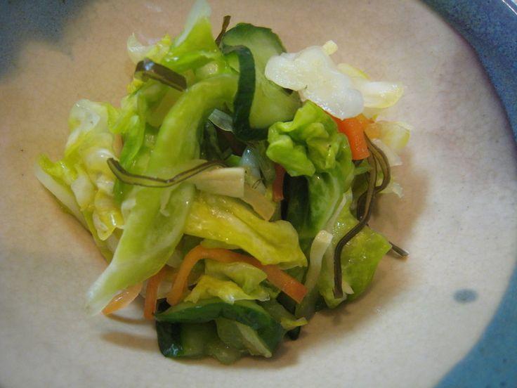 重石要らず!買うより安い・おいしい・超簡単♪ ポリ袋フリフリ→ぎゅ~→放置=完成です!季節の野菜でアレンジして下さいね。