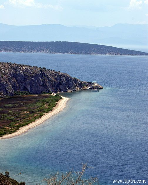 The secluded left end of #Kondyli Beach between #Vivari and #Kantia in #Argolida, #Peloponnese- #Greece
