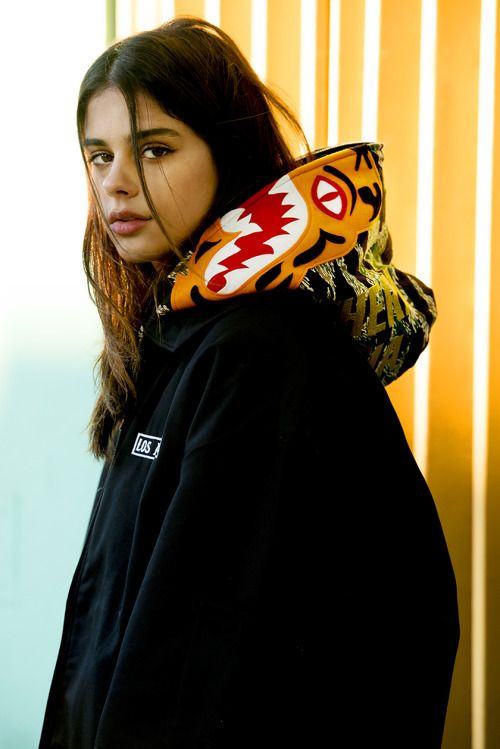 that-supreme-bitch:  S/B  x Supreme + Ones  Shop at: Royal Tribe Clothing