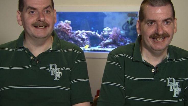 Tvillingerne fra Holstebro - del 1 - Snigpremiere - Anders & Torben - Dokumentar - Programmer - TV 2 PLAY