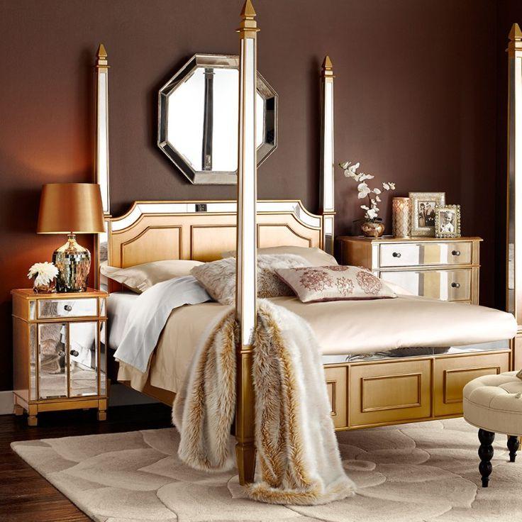 Oriental inspired master bedroom design with gold and brown tones   www.masterbedroomideas.eu #masterbedroomideas #bedroomideas #goldbedrooms #whiteandgoldbedrooms #bedroomdesign #designideas #orientalbedroom #opulentbedroom
