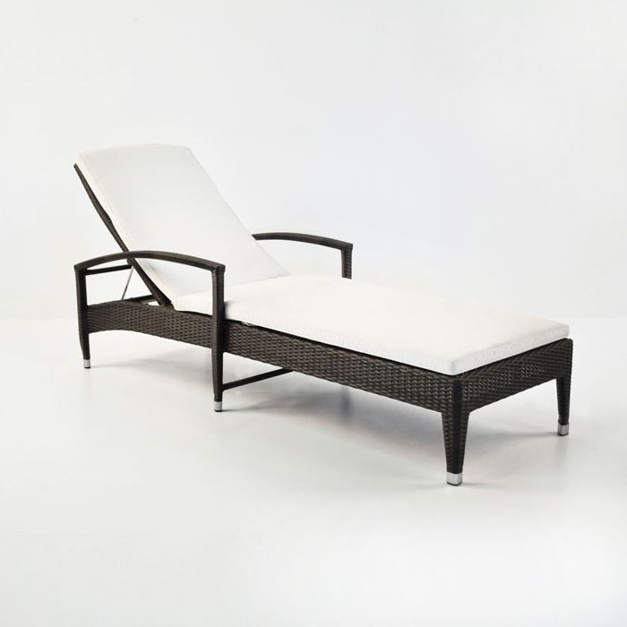 Marvelous Lounge Poolside In Style On This All Weather Wicker Lounger, The Roberto  Outdoor Wicker