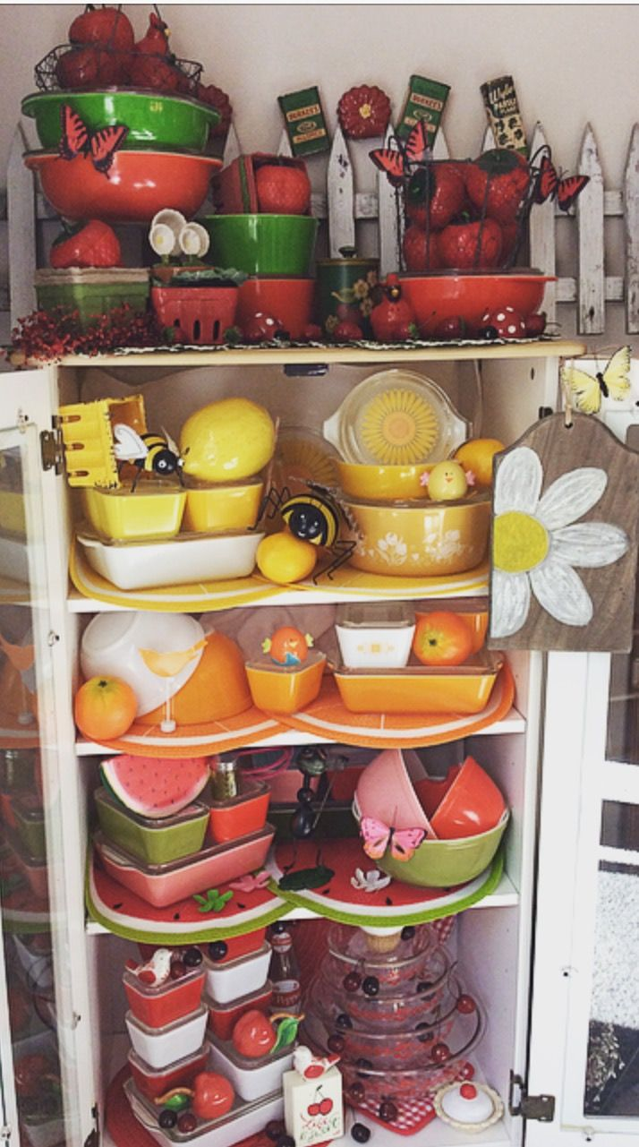 Fruit theme Summer '17 Pyrex display