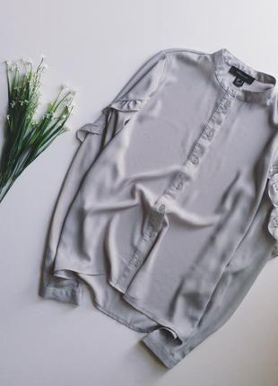 Очень крутая блуза с воланами