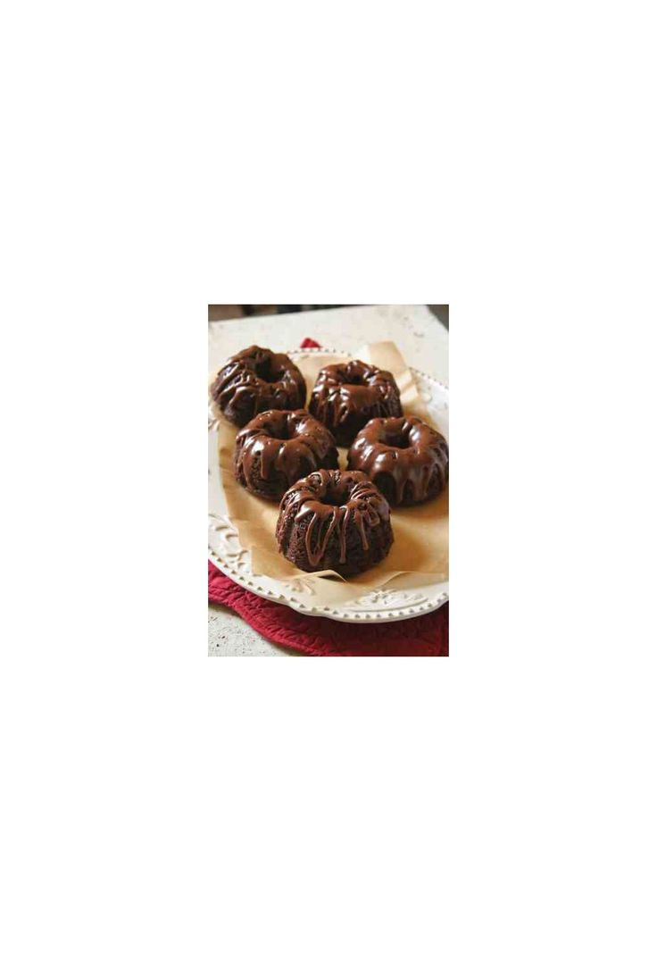Mini-Chocolate Bundt Cakes