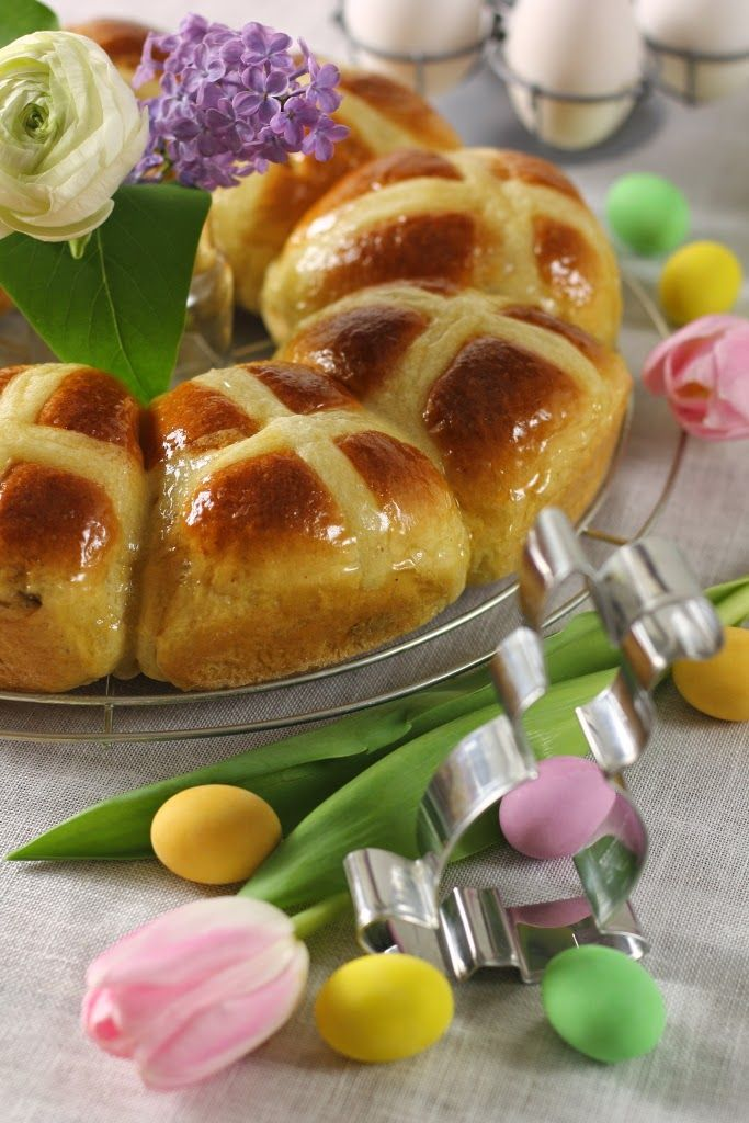Formine e Mattarello: Hot cross buns