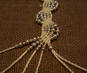 Tutorial for wave bracelet - Easy macrame project.  Translate.  #Beading #Jewelry #Tutorials