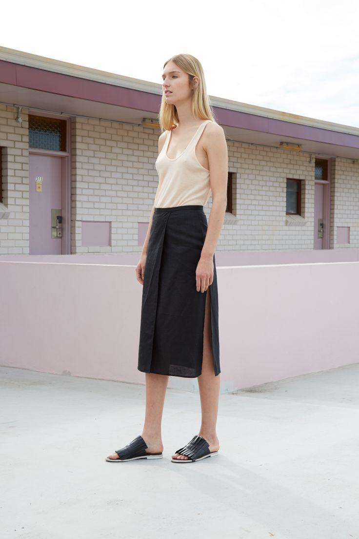 THIRD FORM RESORT 16 COLLECTION | COME AROUND SKIRT #thirdform #fashion #streetstyle #minimalism #chic #trend #skirt #black