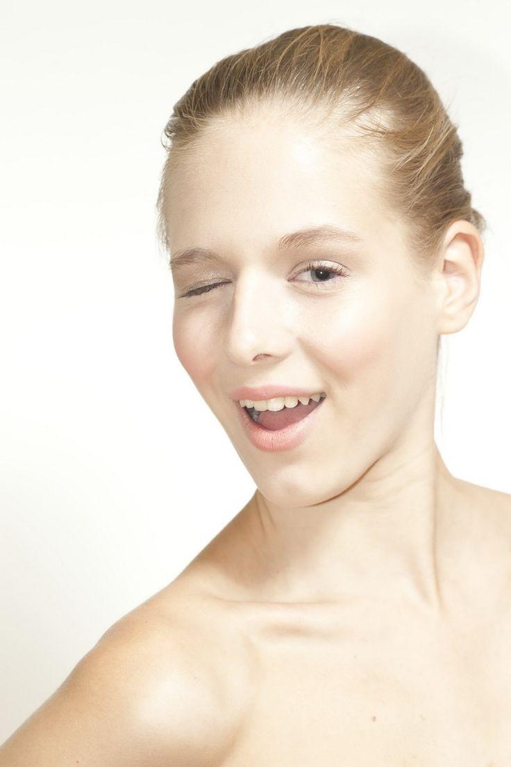 Photo: Krisztian Pinter | Makeup: Dora Graff