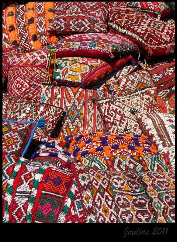 Cushions and Cushions, Morroco.   Photo credits: jmdias, TrekEarth
