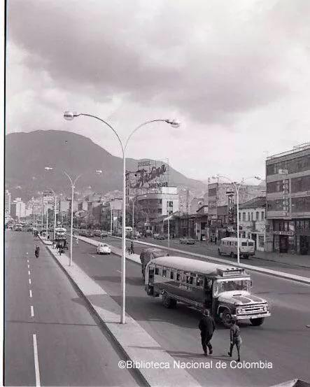 Bogota Antigua _Avenida Colón (Calle 13)