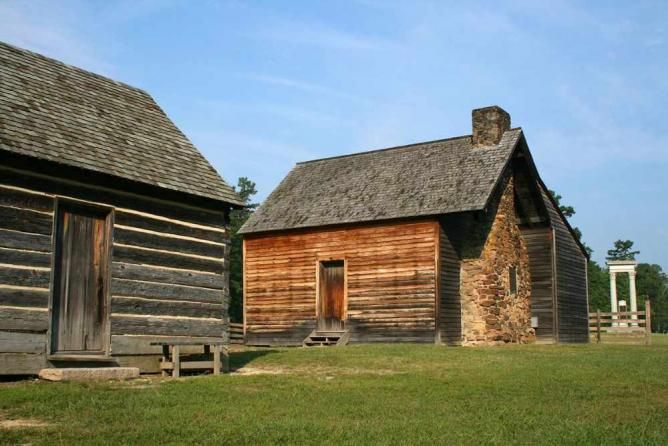 Ten Historically Important Places to Visit in North Carolina  Bennett Place | © Specious/WikiCommons