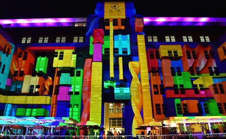 """Niesamowity pokaz """"żywego światła"""" w Australii #inspiracje"""