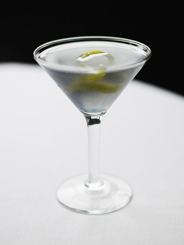 10 Cocktails from the James Bond Movies and Novels: Vesper Martini