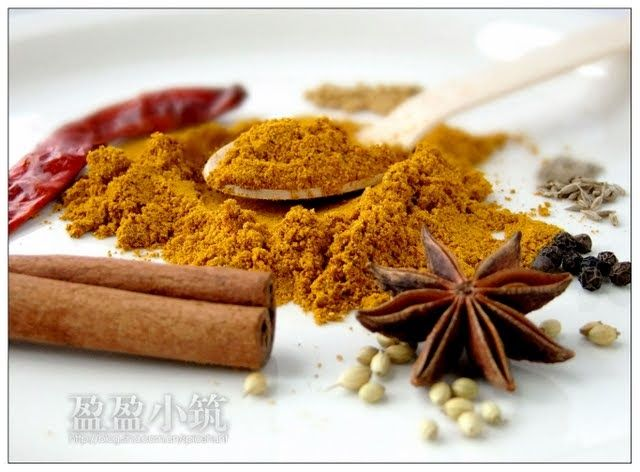 Many families in Malaysia, especially the Baba Nyonya, have their own secret recipes for Curry Powder, taught only to the daughters in fa...