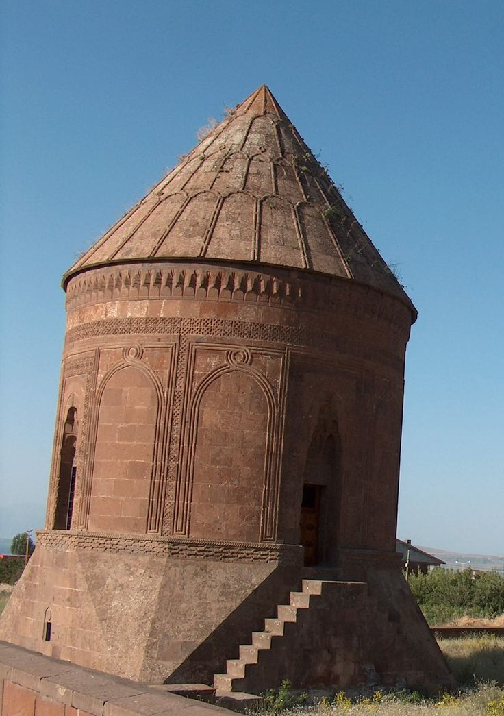 Ahlat Tomb http://www.farhorizons.com/trips/europe/TourtoEasternTurkey/tourtoeastTurkey.php