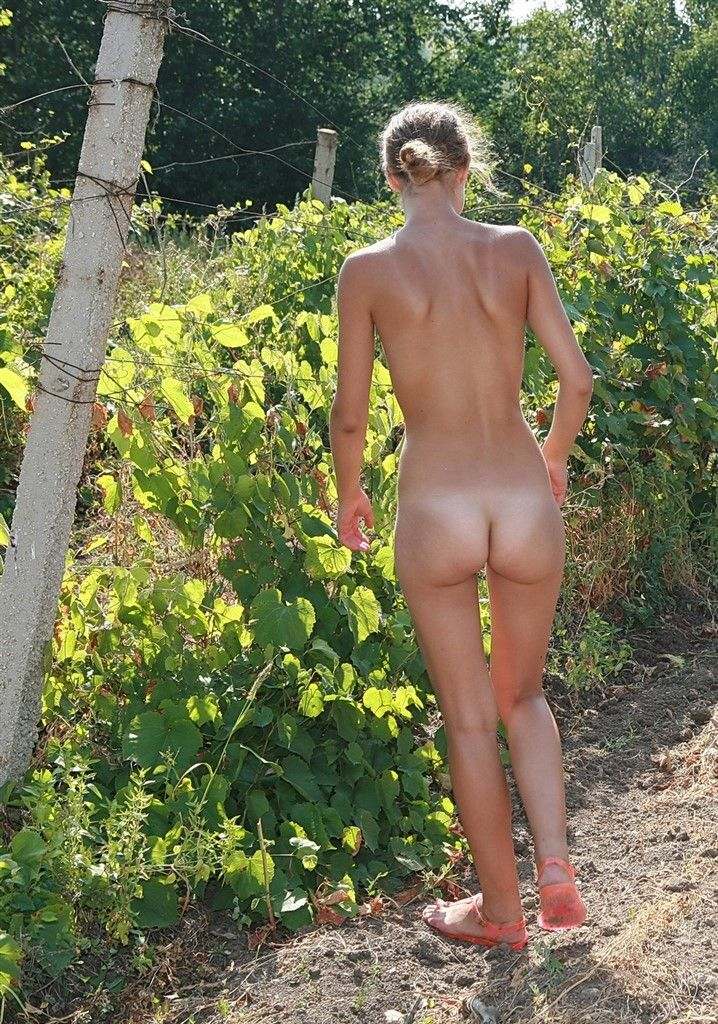 Casual Nudists Teens 58