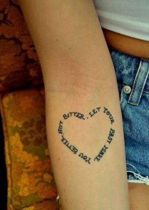 Tatuagens delicadas que são verdadeiras lições de autoestima