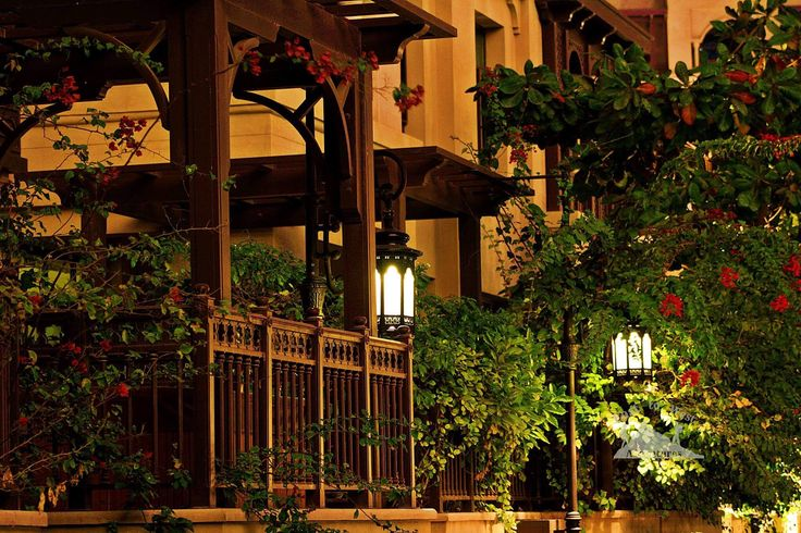 Stay with me here ❤️ خليك معي هنا #easttowestadventures #soukalbahardubai #privateresidence #downtown #downtowndubai #downtowndubainight #woodenporch #porch #woodenfurniture #dubaimall #dubaifountain #dubailife #highlife #privategarden #dubaifountain #soukalbahar #uae #uaephotographer #irishphotographer #jordaniantravelers #travelforlife #travelforwork #bloggers #couplegoals #مغامرات_من_الشرق__الى_الغرب #دبي #دبي_مول #سوق_البحار #سوق_البحار_دبي #الامارات