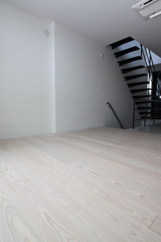 施工例 アッシュ三層 ウレタン塗装【ホワイト】 愛知県E邸