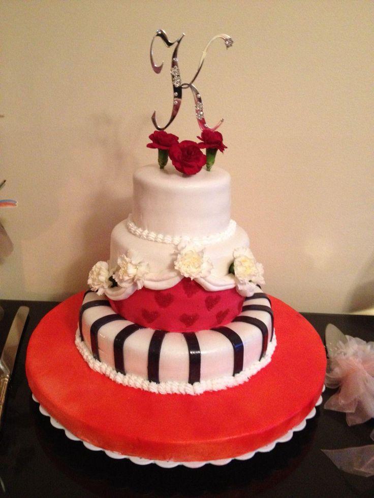Red 15 th Birthday Cake