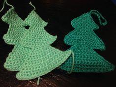 Hæklede juletræer til pynt