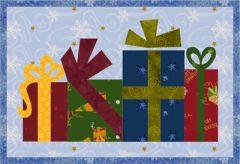 Christmas Gifts Mug Rug (free pattern)