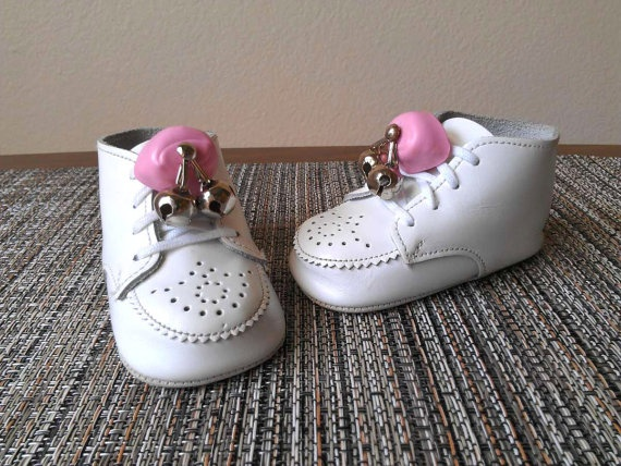 Baby Toddler Shoe Bells 1960s Pink E Z Jingle Lacelok Lace
