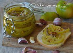 Pomodori verdi sott'olio ricetta facile, conserva per l'inverno, pomodori verdi buonissimi e facili,sono ideali da gustare come contorno ,buoni e appetitosi