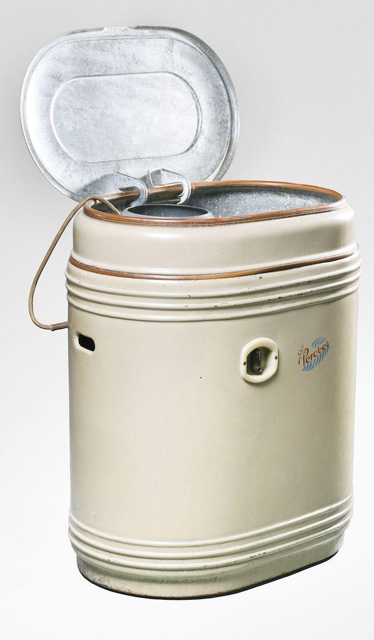 Pračka Perobot z Kovosmaltu Trnava.