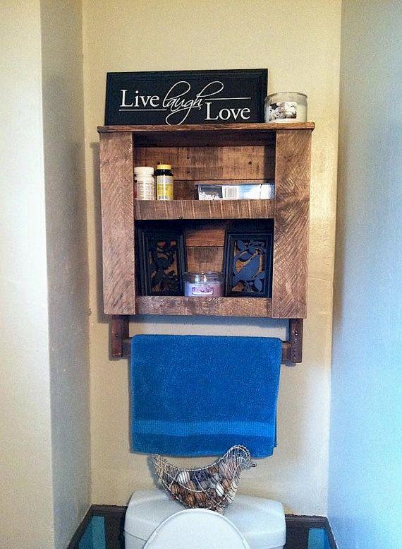 25 Best Ideas About Pallet Shelf Bathroom On Pinterest