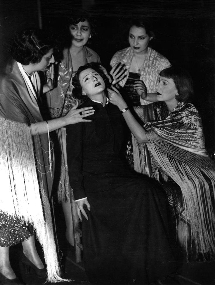 1949 Questa sera si recita a soggetto di Luigi Pirandello, regia di Giorgio Strehler, foto Archivio Piccolo Teatro di Milano