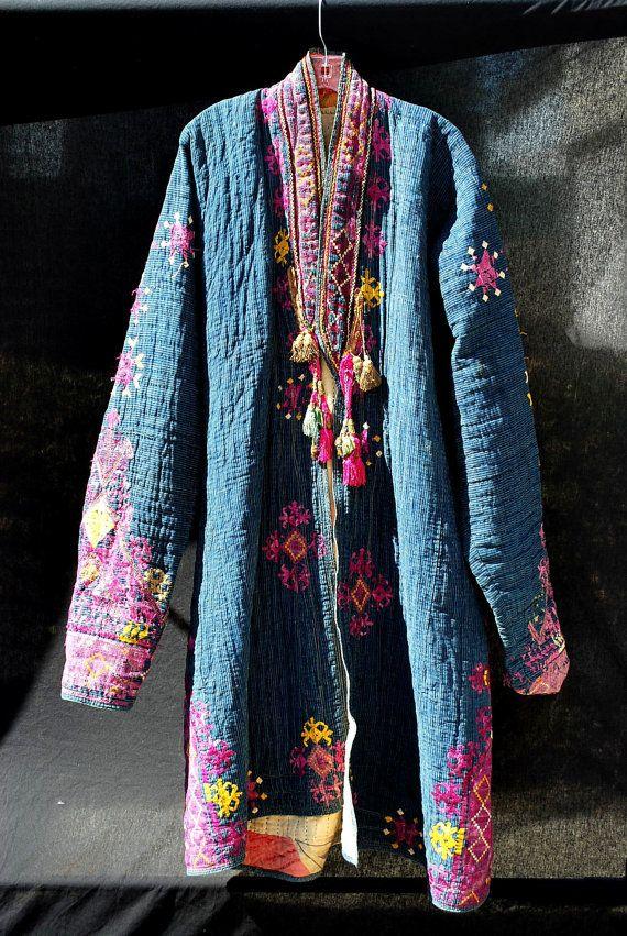 Manteau prière antique vintage afghans hommes de main du Nuristan broder XL bleu indigo-thekaliman