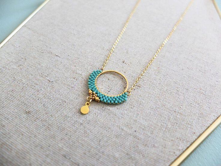 Le produit Collier Alya, dentelle de perles Miyuki est vendu par My-French-Touch dans notre boutique Tictail. Tictail vous permet de créer gratuitement en ligne un shop de toute beauté sur tictail.com