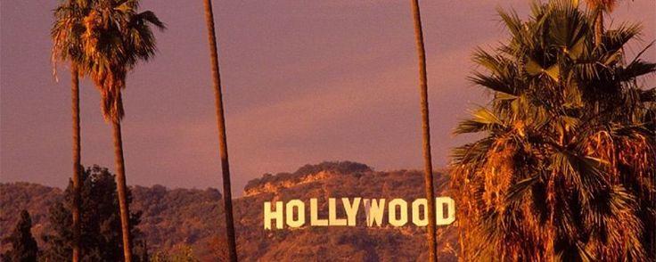 Знак Голливуда (англ. Hollywood Sign) — знаменитый памятный знак на Голливудских холмах в Лос-Анджелесе, Калифорния. Представляет собой слово «HOLLYWOOD» (название местности), написанное большими белыми буквами. Знак был создан в 1923 году, как реклама недвижимости (новых жилых кварталов), изначально на знаке было написано слово «HOLLYWOODLAND»