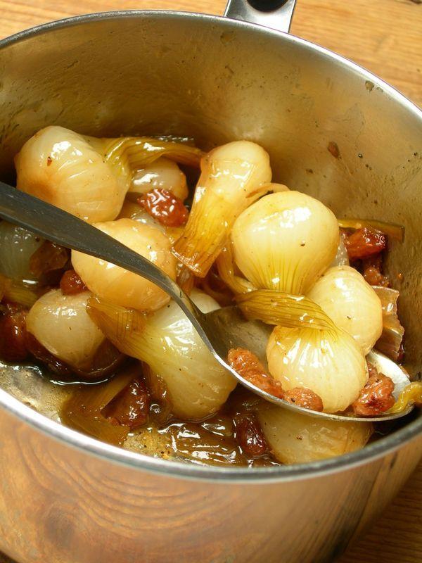 Petits oignons nouveaux confits au vinaigre balsamique - New onions confit with balsamic vinegar - French Cuisine