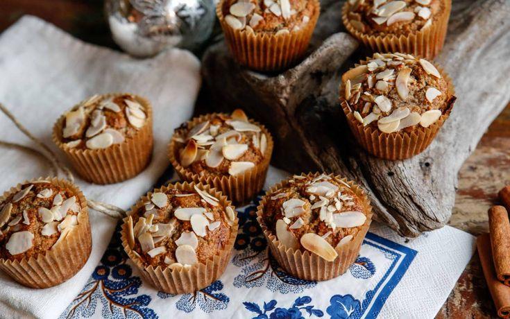 Dessa pepparkaksmuffins är gluten och mjölkfria och enbart naturligt sötade med banan och lite dadlar. Paleo är både gott och otroligt enkelt att göra.