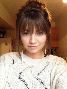 45 Medium Hair Cuts with Bangs For New Look