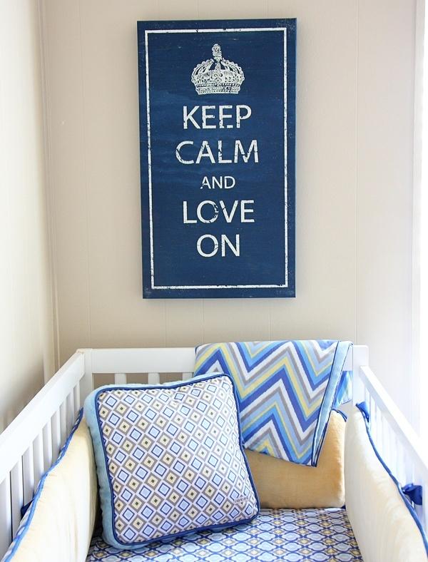 We should all keep calm and love on. #wall #decor #nursery