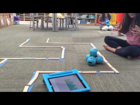 Using code to navigate dash through a maze