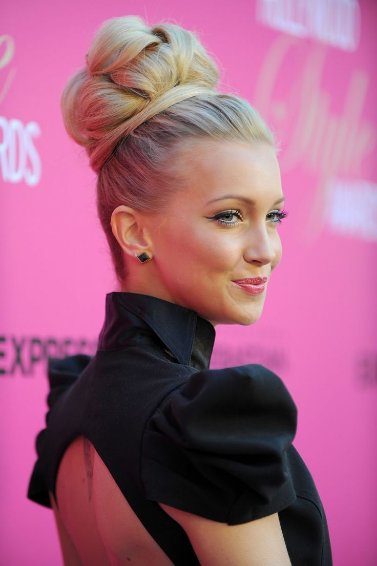 Cool 412 Best Amazing Updos Buns And Top Knots Images On Pinterest Short Hairstyles Gunalazisus