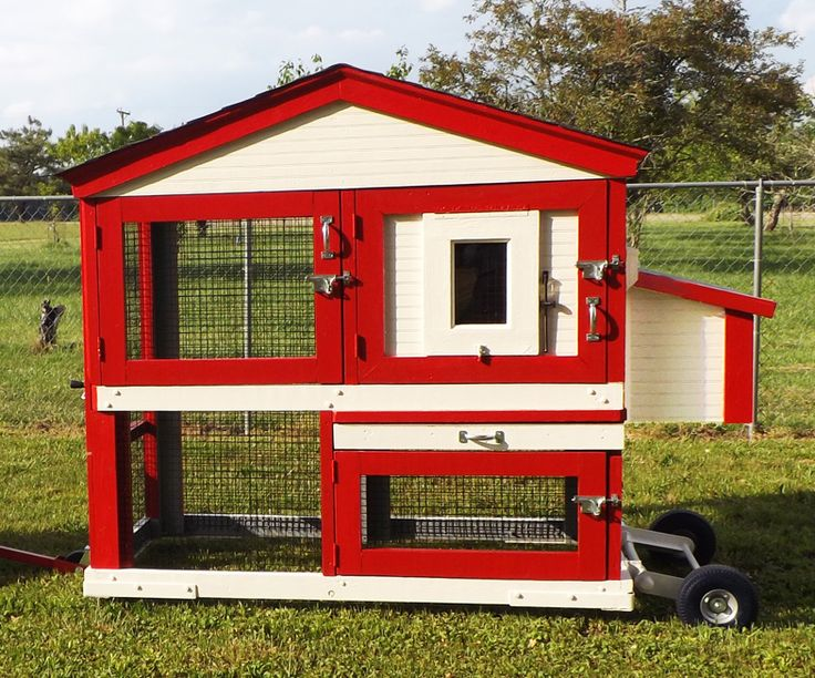 Strong, Clean, and Mobile Chicken Coop! Penthouse Mobile Chicken Coops! phmccoops.com