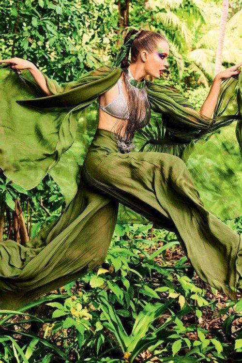 joskriverdaily: Josephine Skriver for Vogue Brasil May 2017.By
