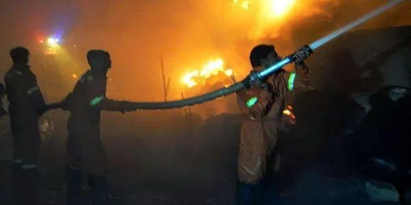 Karachi: Fire breaks out in garment factory