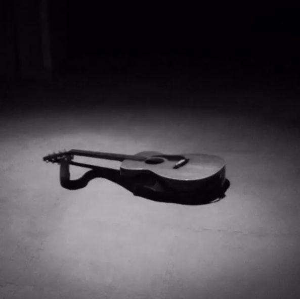 My 1947 Martin OOO #bryanadamsgetup. Repost from @bryanadams, beauty guitar! #Vancouver #YVR #Guitar #Music