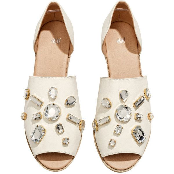 H&M Sandals with sparkly stones ($19) ❤ liked on Polyvore featuring shoes, sandals, flats, h&m, flat sandals, h&m shoes, h&m sandals, flat heel shoes, sparkle shoes and h&m flats