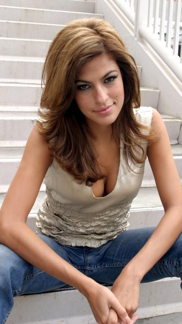 Eva Mendes hairstyle inspiration: long hairstyles